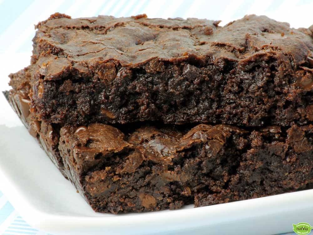 SIMPLE 4 INGREDIENT FUDGE BROWNIE