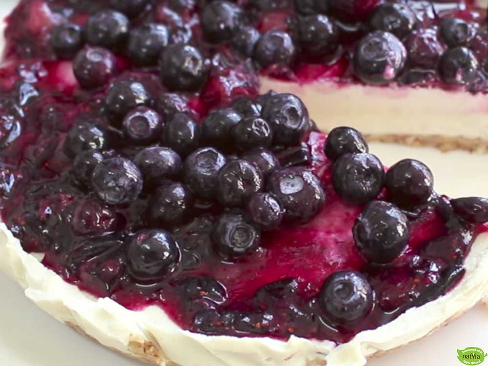 VEGAN CHEESECAKE WITH BLUEBERRY