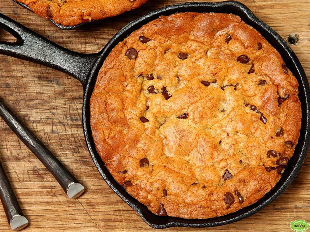 ALMOND BUTTER CHOCOLATE CHIP SKILLET COOKIE