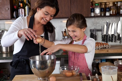 Kids in the Kitchen: Our top tips for cooking with kids