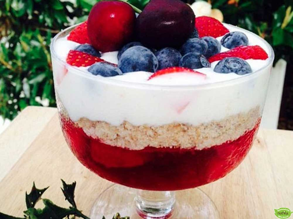 HEALTHY CHRISTMAS TRIFLE