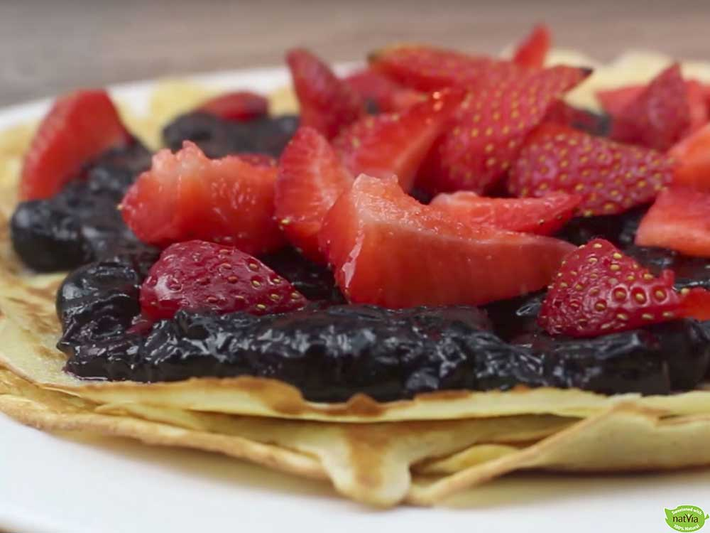 DELICIOUS BLUEBERRY CREPES