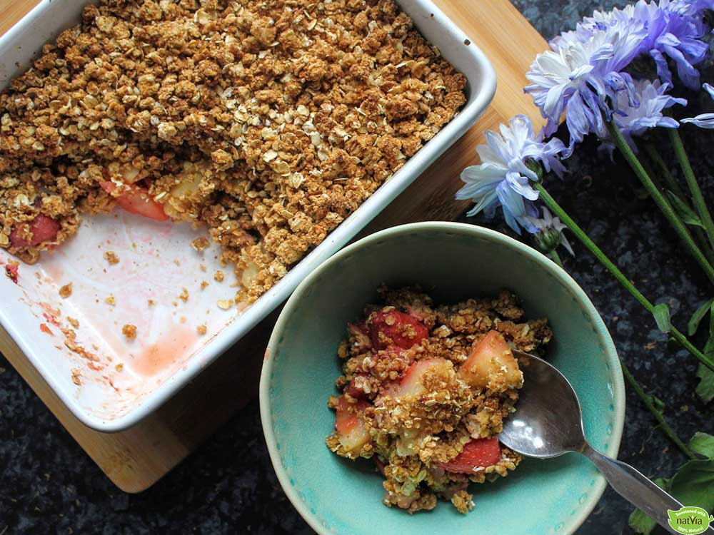 PEAR-&-STRAWBERRY-CRUMBLE